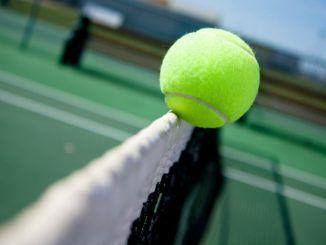 Как делать ставки на теннис в лайве?