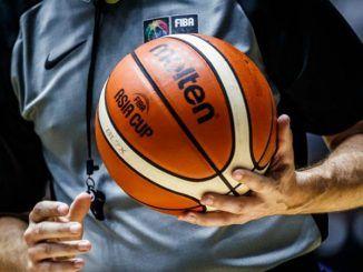 Судьи баскетбольного поединка Панатинаикос - Олимпиакос могли быть подкуплены