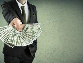 Российские игроки в 2018 году заключили пари на один триллион рублей